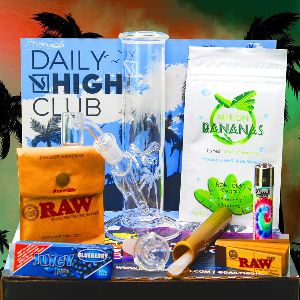 The subscription box for cannabis accessories from El Primo from Daily High Club.