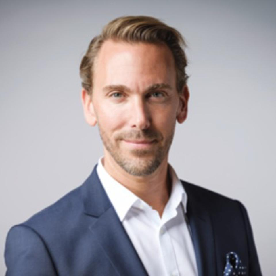 Head of Dirk Schneider, Heinemann