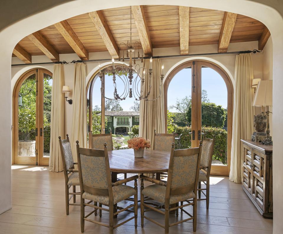 arched windows at sugar ray leonard los angeles mansion