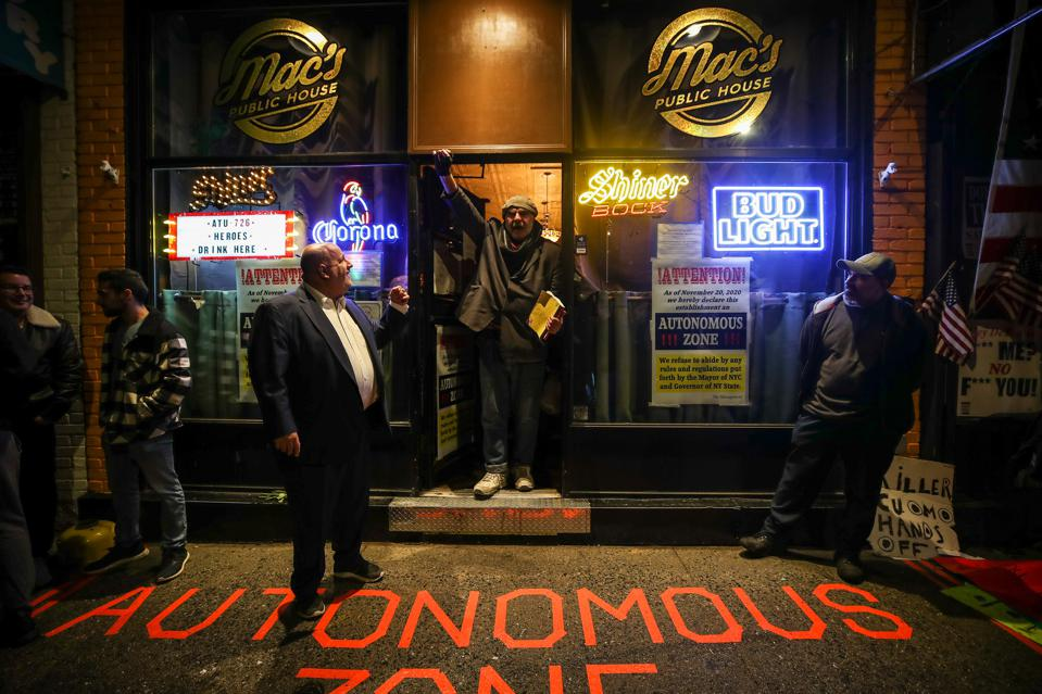 Mac's Public House reopens again defying COVIDrestrictions days after it was shut down