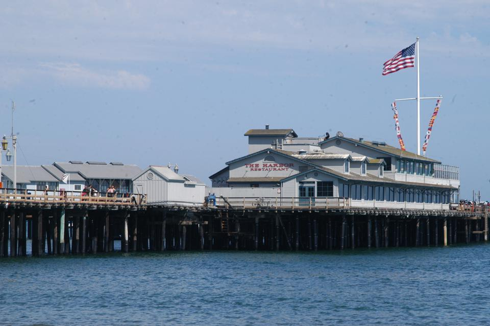 Stearns Wharf, Steg an der ″ Santa Barbara Waterfront ″,