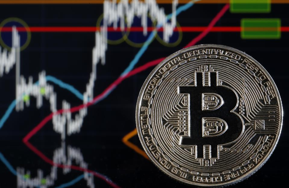 Crypto Price Mayhem: Data Reveals Bitcoin Is Braced For A 'Short Squeeze'
