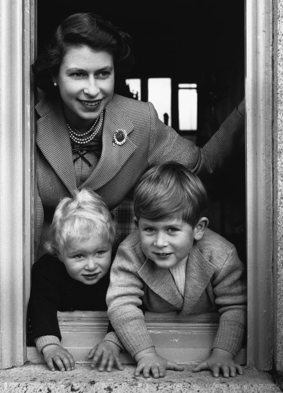 Queen and her Children