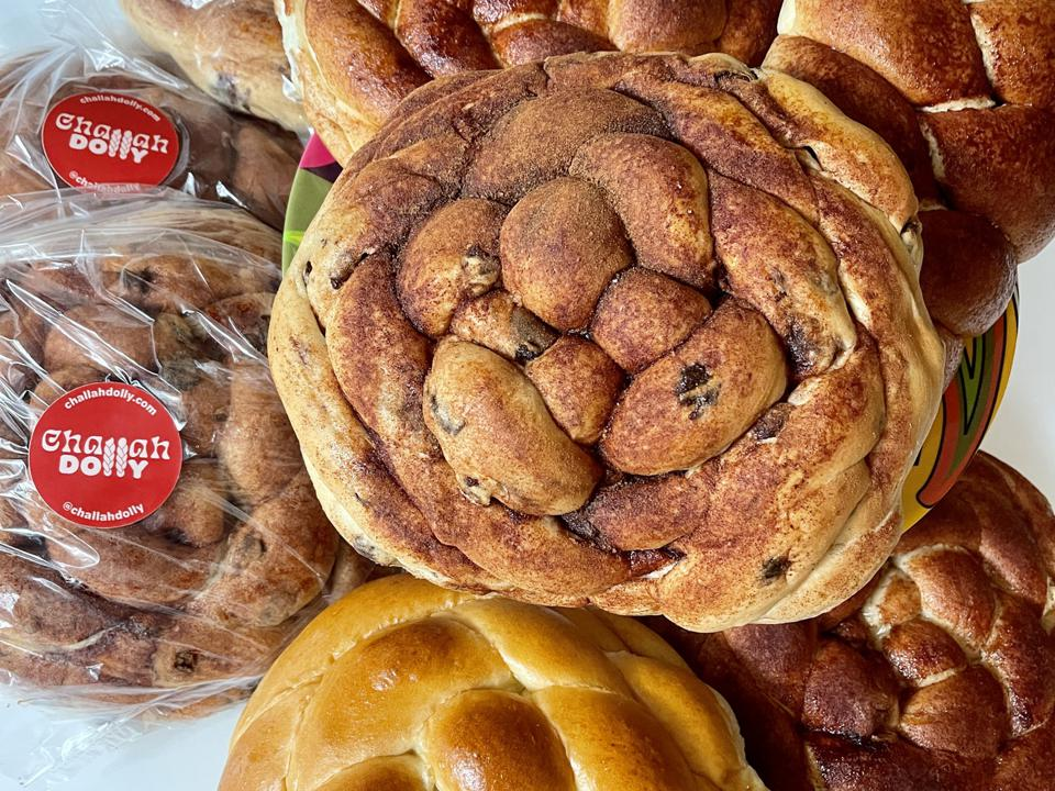 Challah Dolly round loaves for the Jewish holiday season, Photo Credit: Dolly Meckler