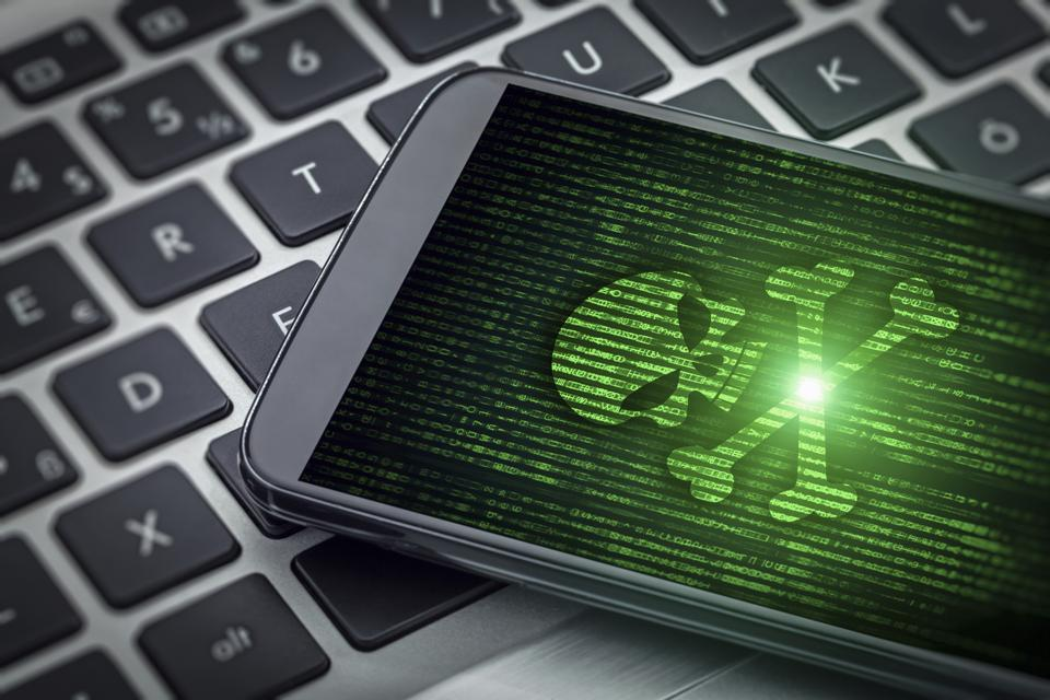 skull of death on smartphone screen