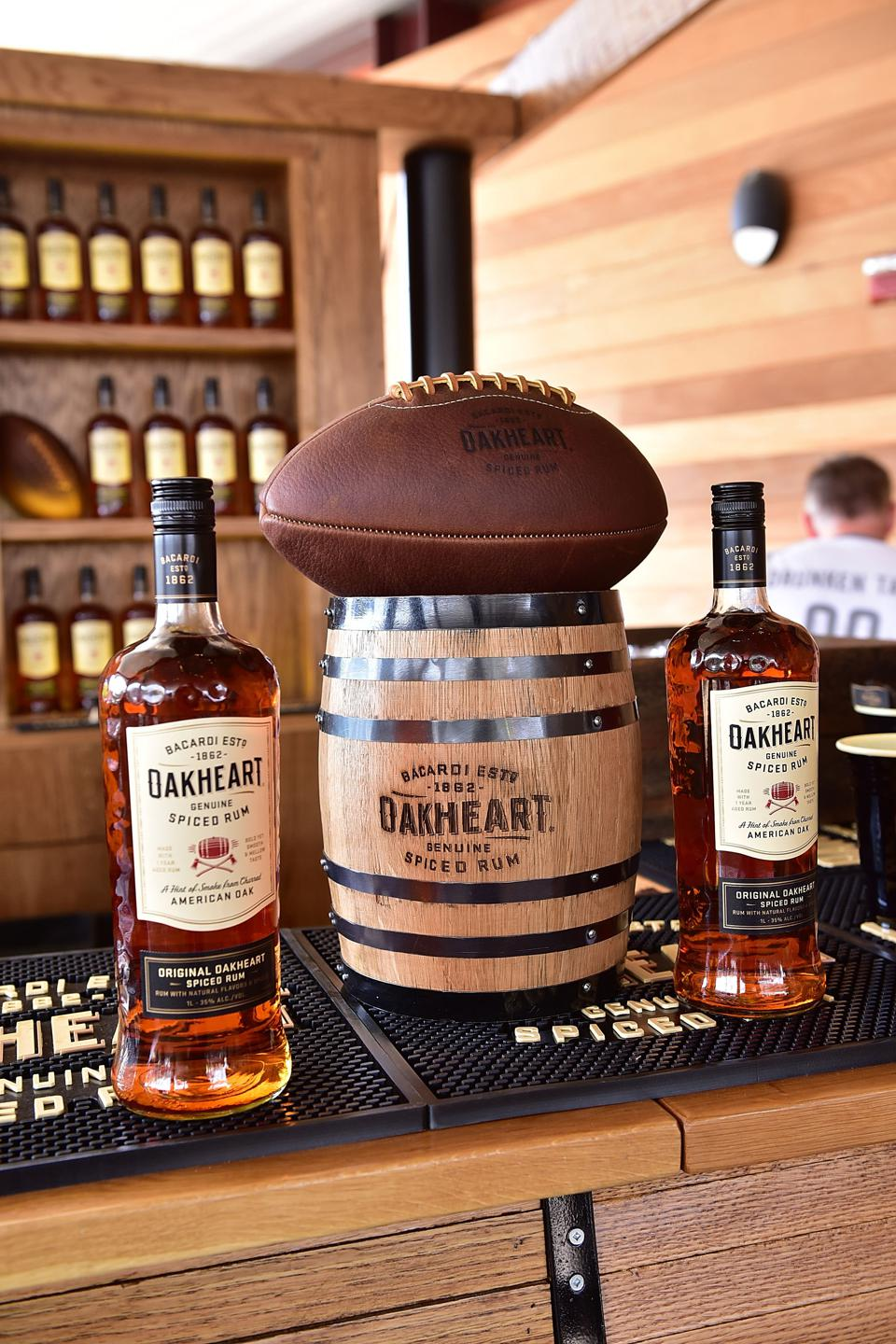 OAKHEART Genuine Spiced Rum and Legendary Former American Football Running Back Brian Westbrook Take Over XFINITY Live! To Launch the ″Oakth″ Challenge