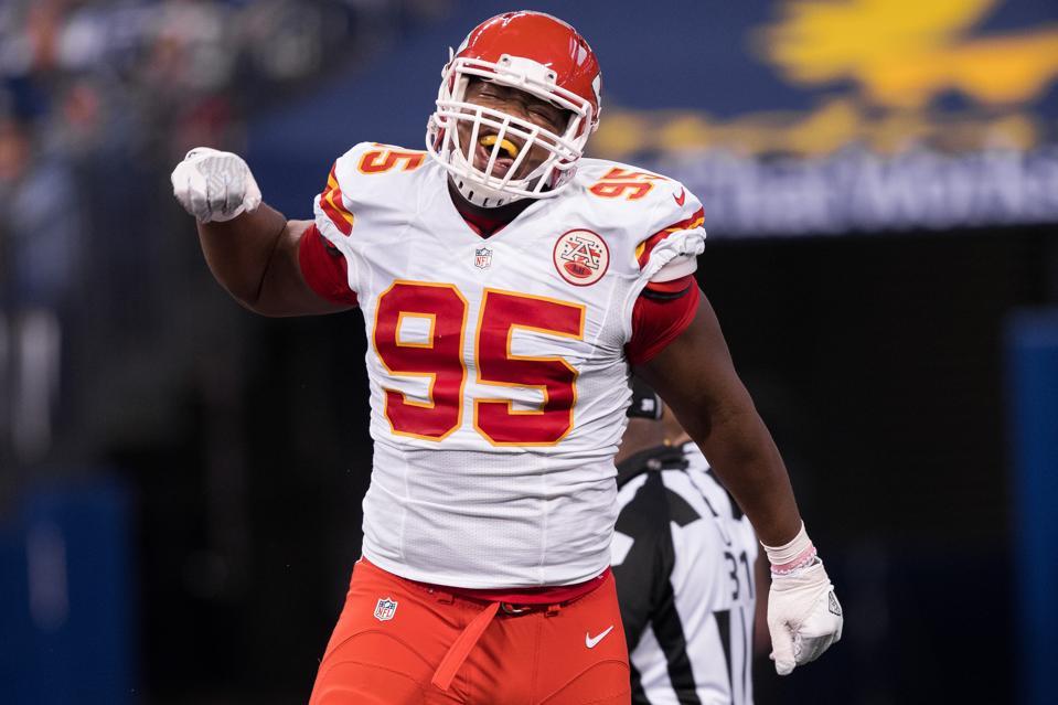 on sale 58c20 8aa8b NFL Best And Worst Bargains On Defensive Line: Chris Jones ...