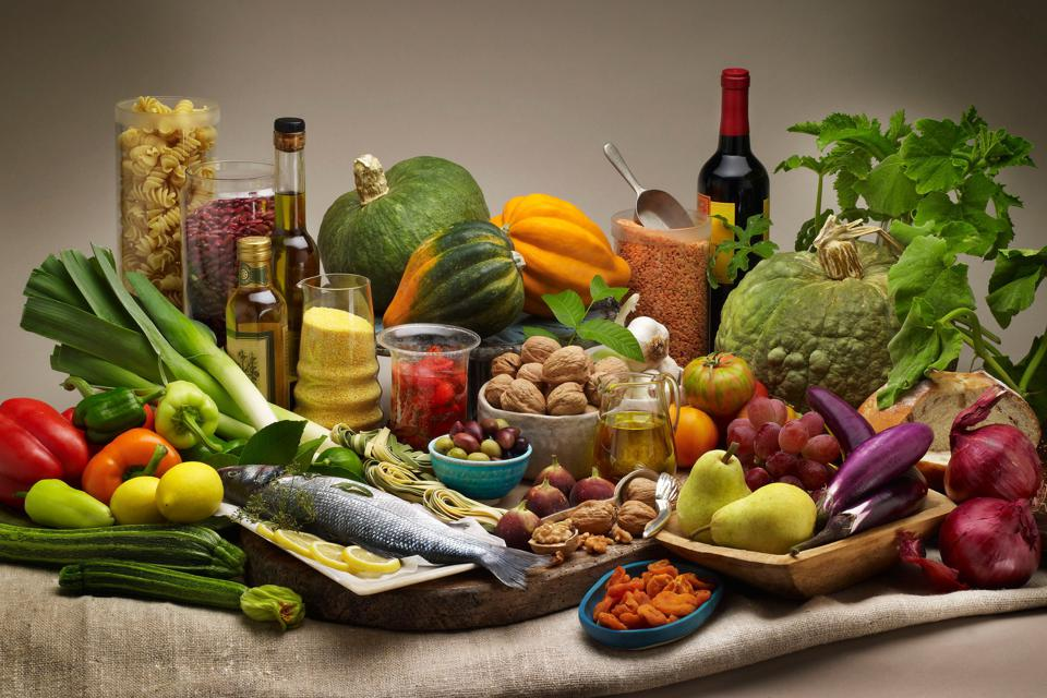 Eating A Mediterranean Diet Could Make Your Brain Shrink Less With Age