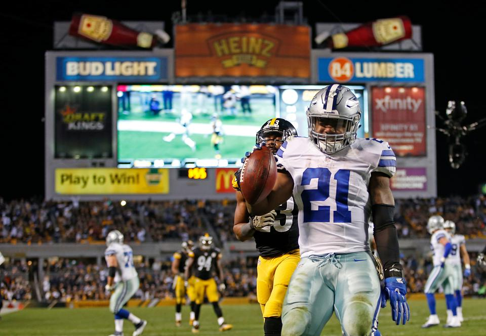 Dallas Cowboys' Ezekiel Elliott Could Be Youngest MVP In League History