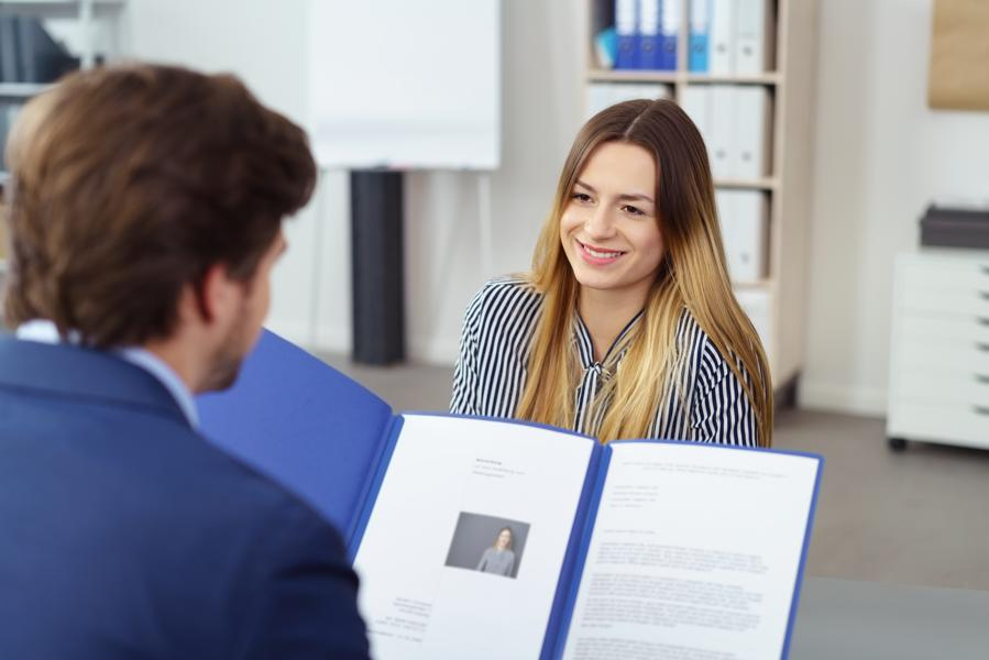 The Right Way To Interview A Job Candidate
