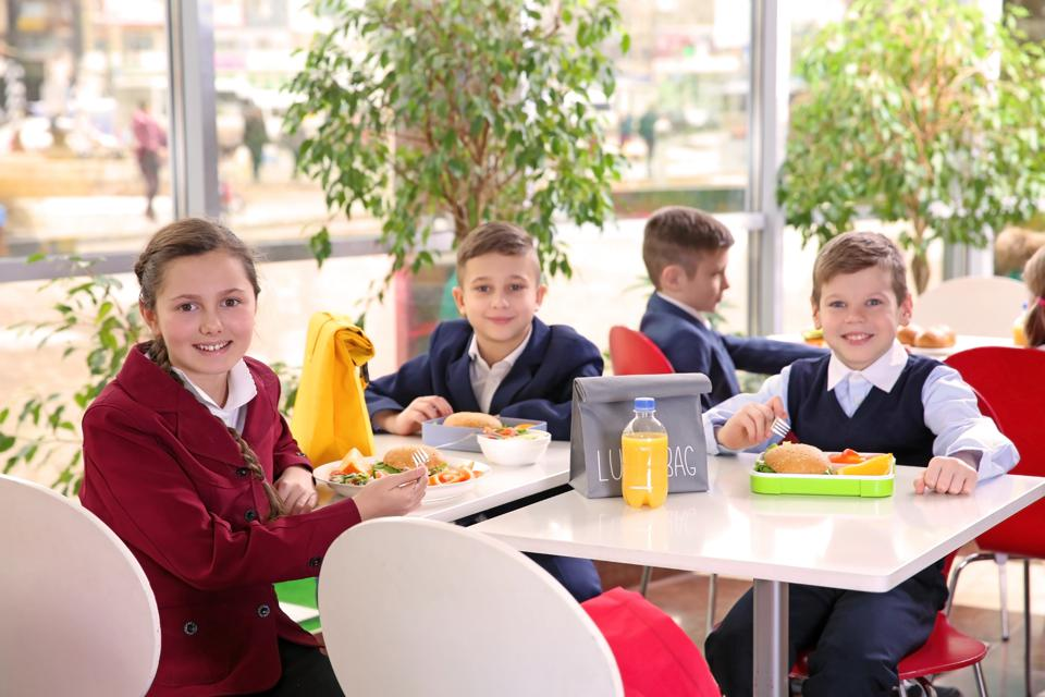 Trump Administration Attacks Obama S Healthy School Food Rules