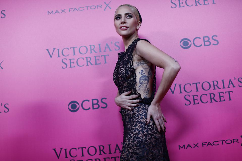 Lady Gaga Attends the Pink Carpet