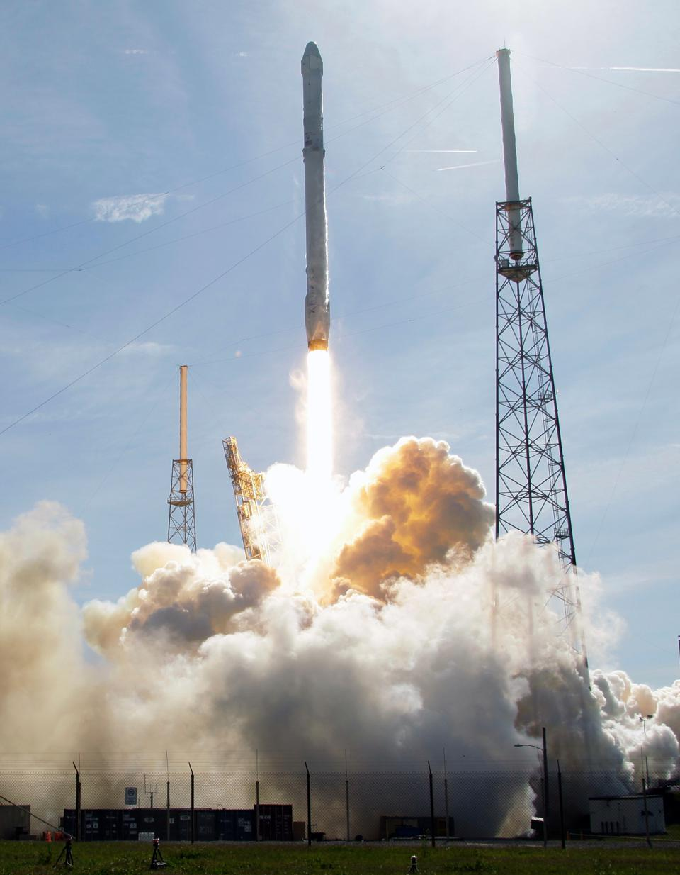 SpaceX Will Wait Until January To Launch Rockets Again