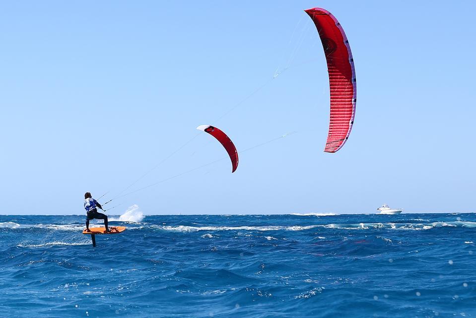 Kite surfing Australia