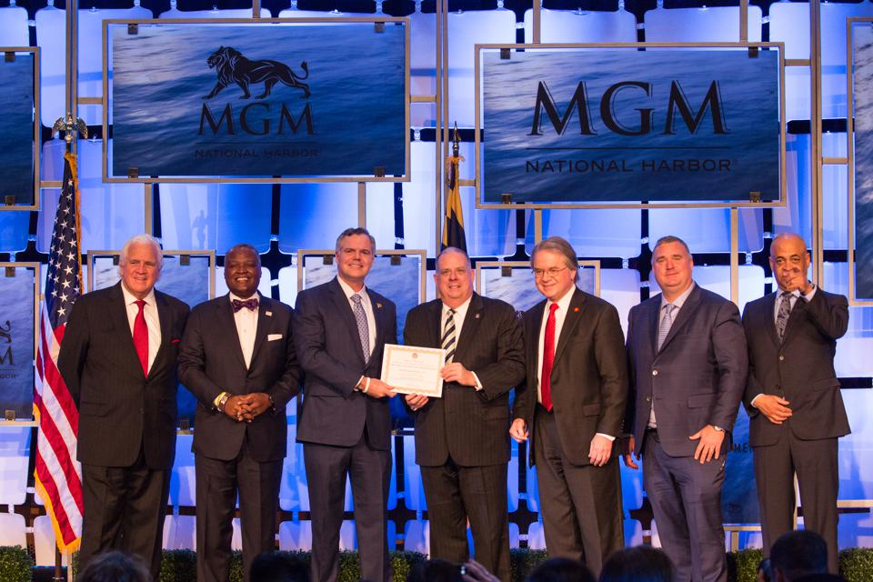 Will MGM's F&B Revenues In Vegas Surpass Its Casino Revenues This Year?