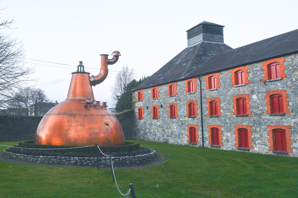 Holiday Gift Guide 2019: The Best Irish Whiskey For Every Type Of Drinker