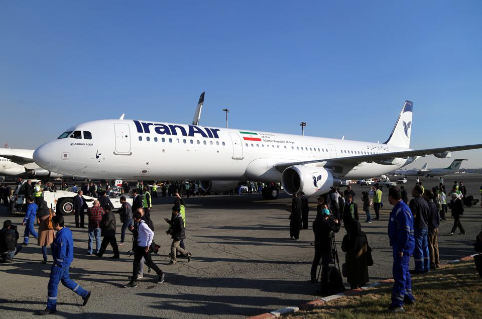 Iran Air takes delivery of its first of 100 Airbus aircraft