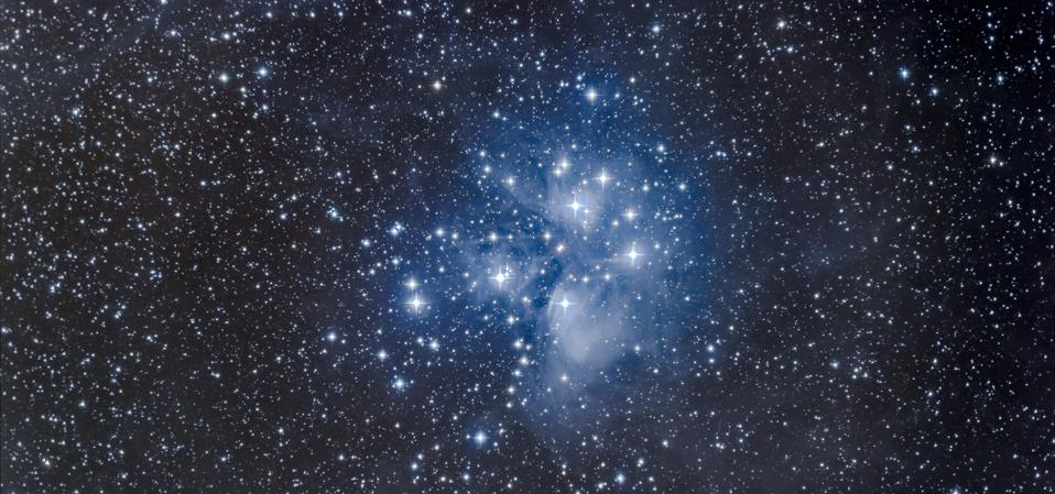 M45, the Pleiades star cluster (Photo by: Alan Dyer /VW PICS/Universal Images Group via Getty Images)
