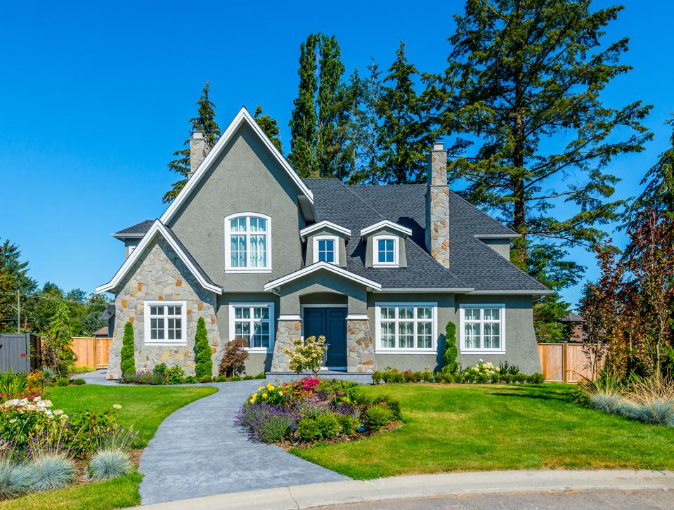 What You Need To Know If You Want To Buy A House In The