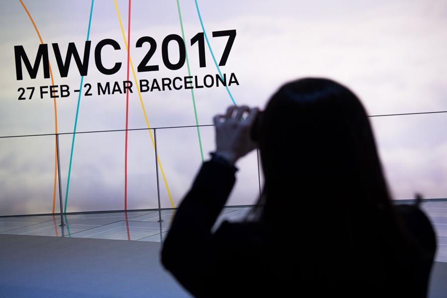 Lenovo Gets Even More Mobile At MWC 2017