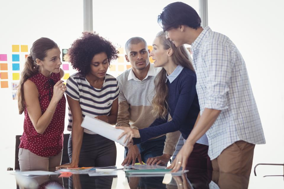 4 Essential Questions Leaders Must Ask To Recreate Growth