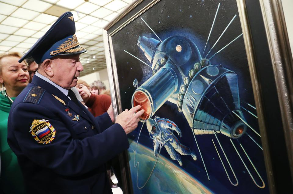 Alexei Leonov, The First Person To Walk In Space, Is Dead At Age 85