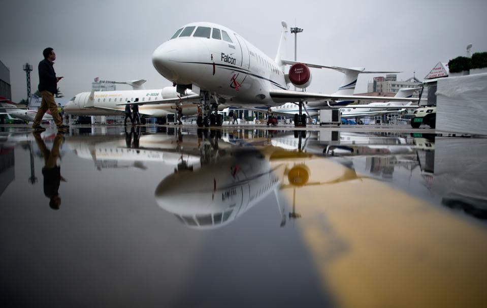 JetHub Private Jet Charter  Weeder App