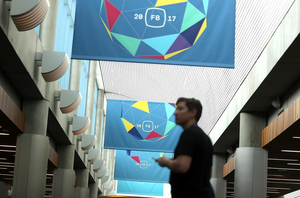 Facebook F8 Day 1: Crushing Snapchat, New VR Community, Maybe Serious About Collaboration