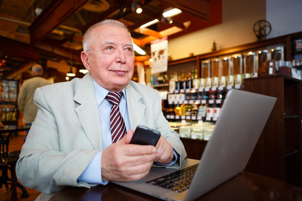 How Boomers Can Start A Business Selling Decades Of Knowledge