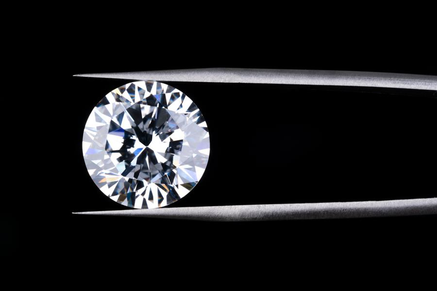 Mined Diamond Sales Decline, As The Future Is In Laboratory Grown Diamonds