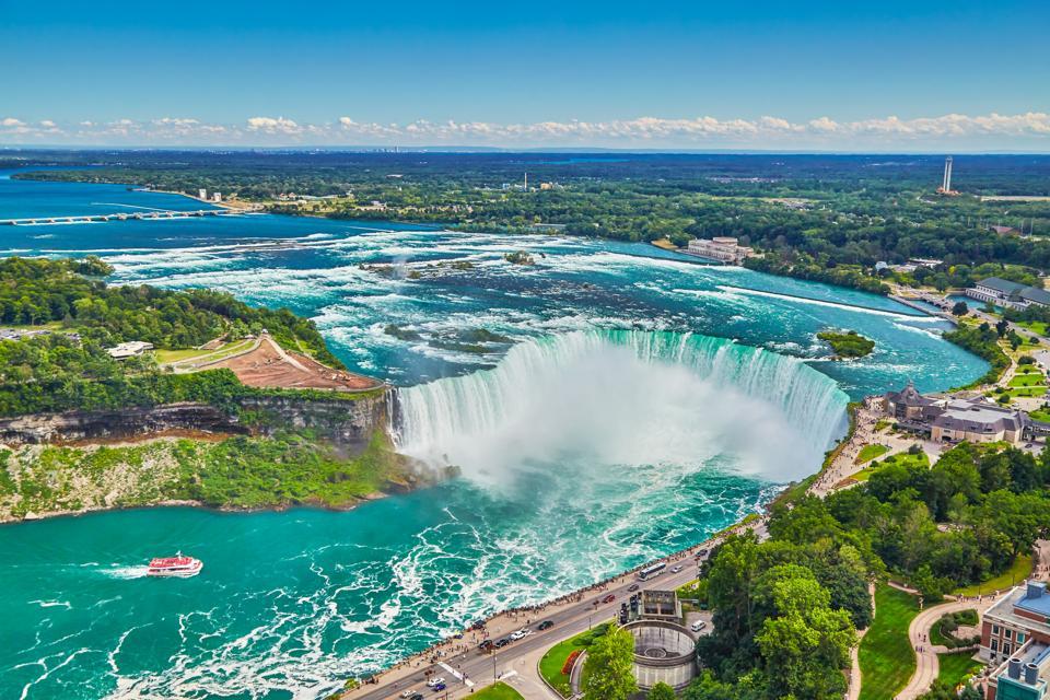 Horseshoe falls with boat,Niagara Falls