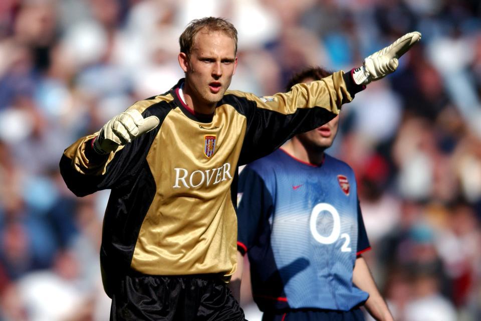 Soccer - FA Barclaycard Premiership - Aston Villa v Arsenal