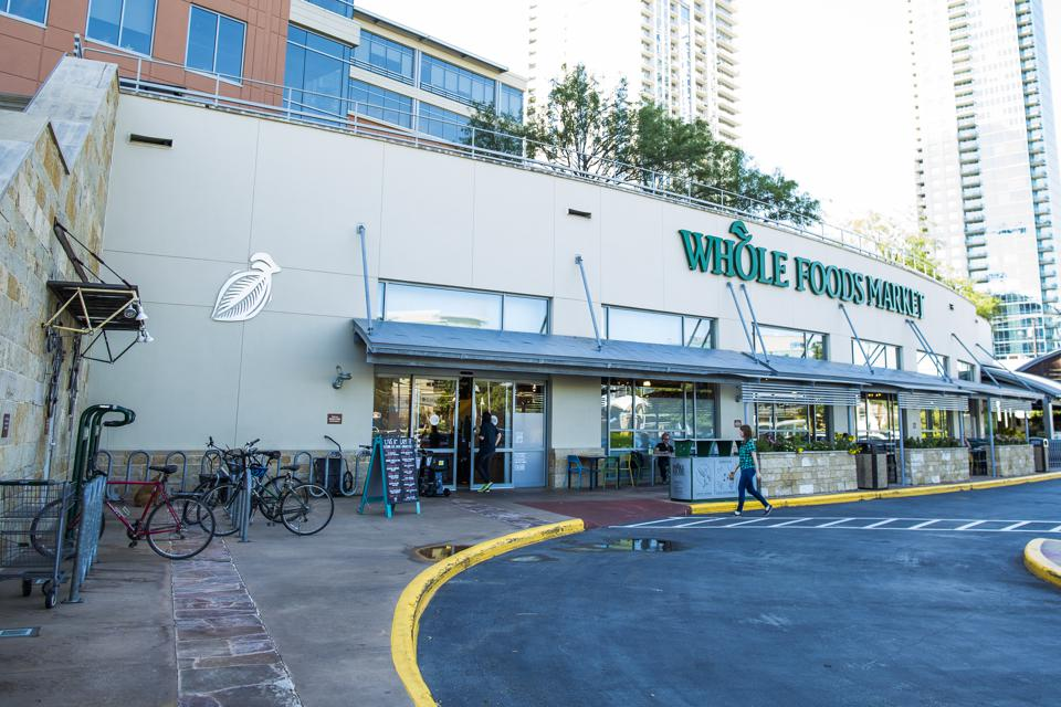 The 9 Reasons Why Amazon Buying Whole Foods Is A Good Idea