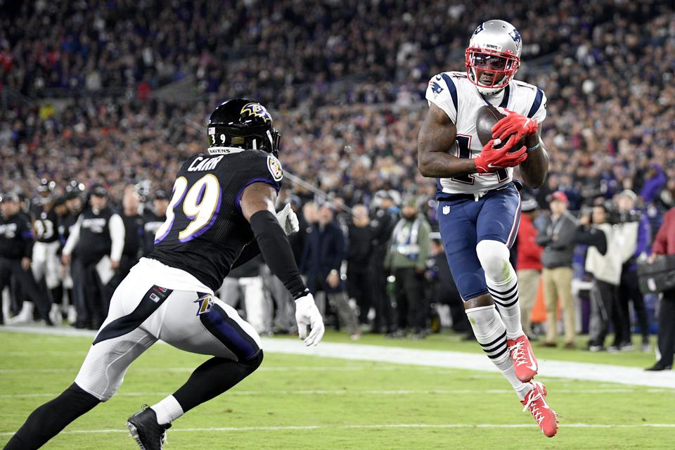 Trade Arrival Mohamed Sanu Quick To Catch On In Patriots' Passing Game