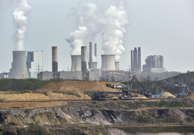 In Historic Turn, CO2 Emissions Flatline in 2014, Even as Global Economy Grows