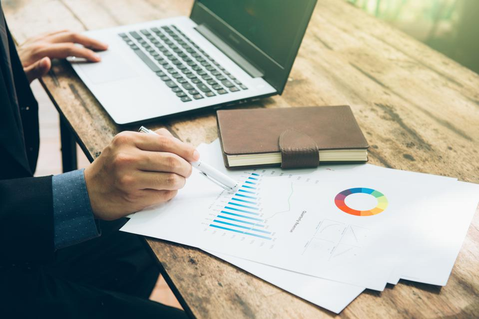 essential components of an effective marketing plan Why you need a marketing plan marketing plan - components it takes careful planning and an extensive understanding of the marketplace in order to develop a business plan that will guarantee success.