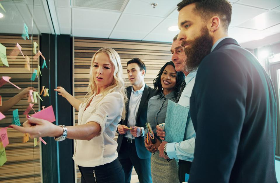 12 Habits Of Successful Young Leaders