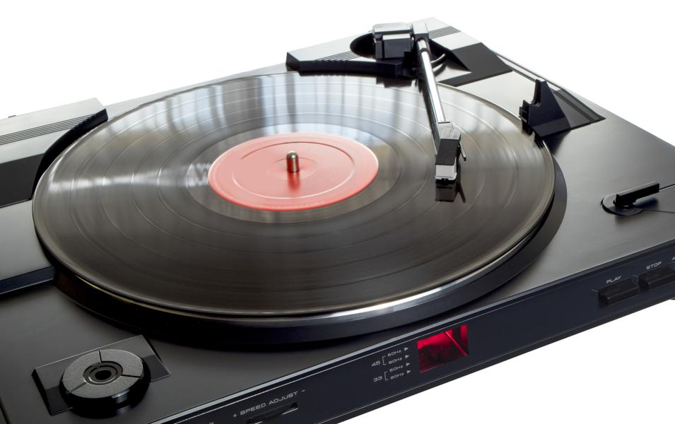 From Vinyl LPs To Rabbit Ears, 5 Old Technologies That Millennials And Boomers Should Consider