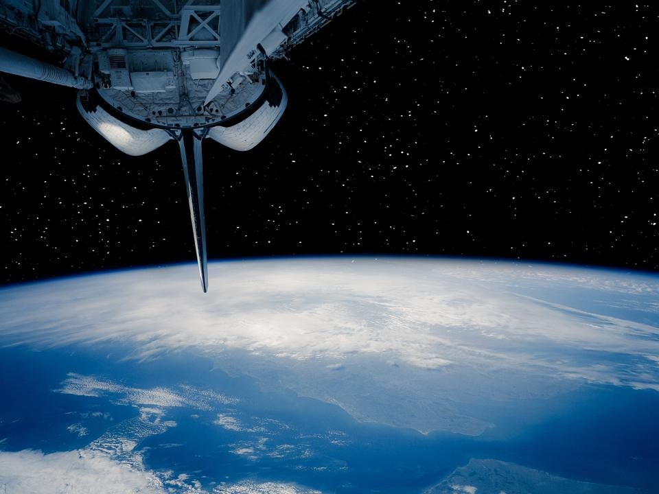 Nasa Space Pictures Of Earth NASA Launches C...