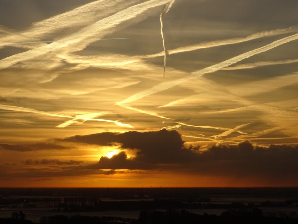 As Humans Fumble Climate Challenge, Interest Grows In Geoengineering