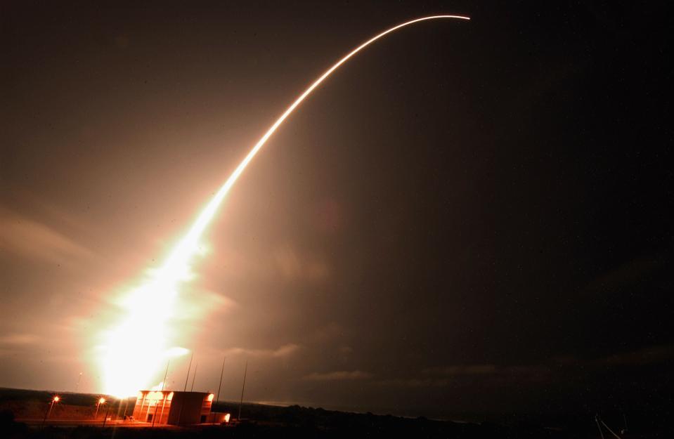 NASA Launches ″Messenger″ Spacecraft To Mercury