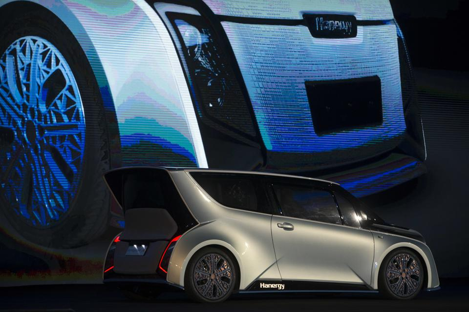Hanergy Launches Solar Powered Cars In China