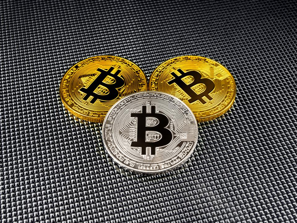 Bitcoin Climbs To Fresh All-Time Highs Above $6,000