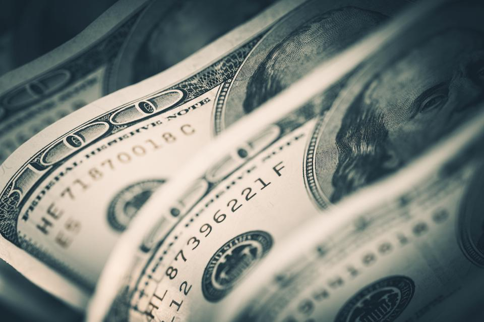 NYSE Stocks With Little Or No Debt, Low P/E's And Paying 3%+ Dividends