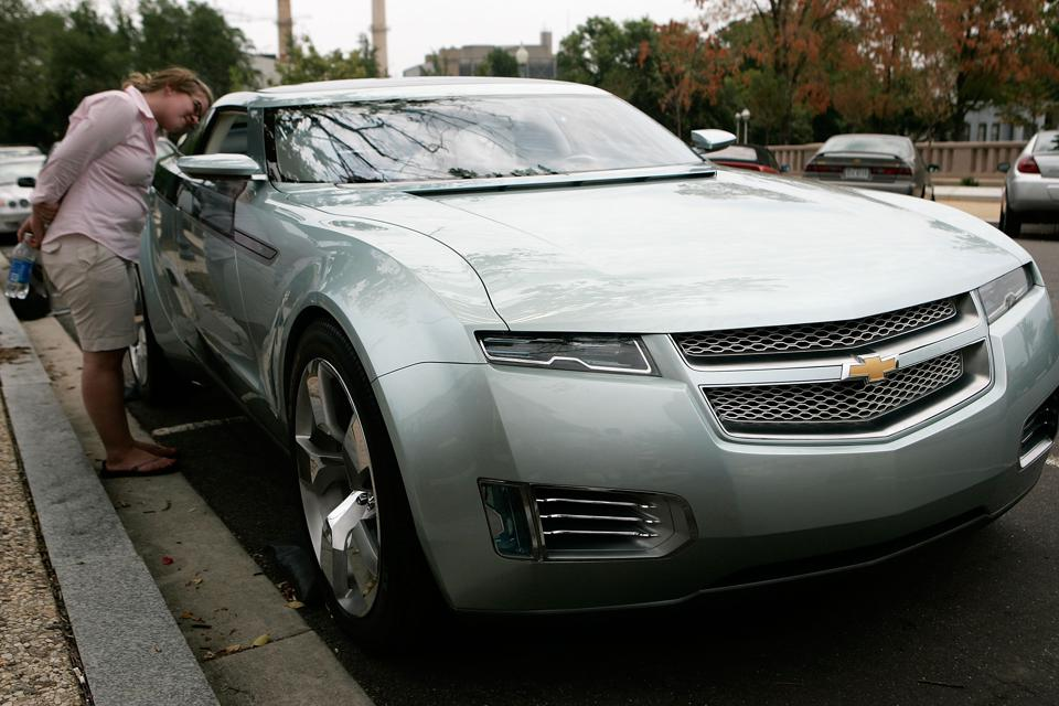 GM showcases the Chevrolet Volt on Capitol Hill, in 2007.