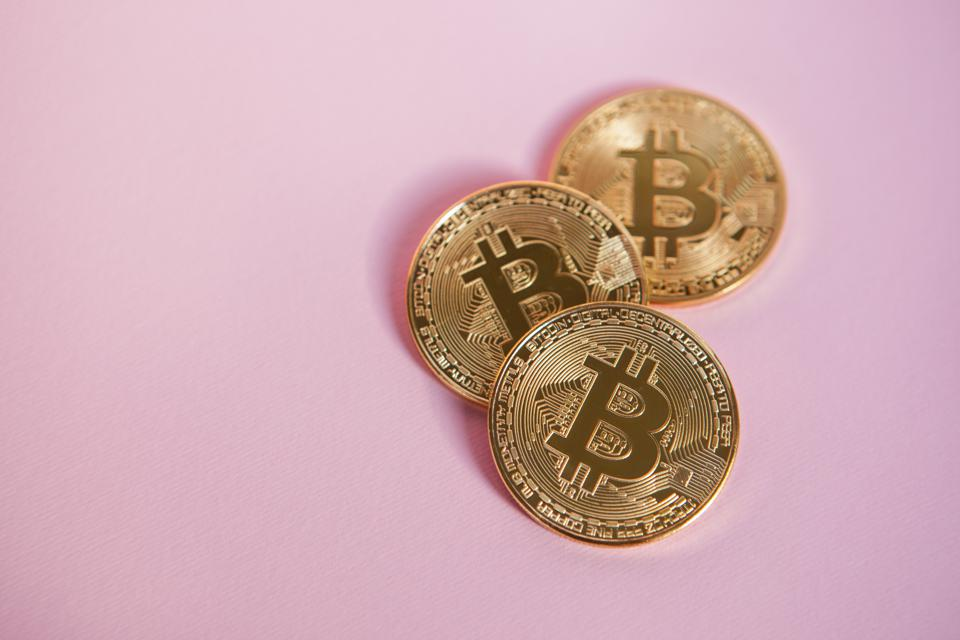 Tech Influencer Oliver Isaacs On The Top Five Resources For The Beginner Bitcoin Investor