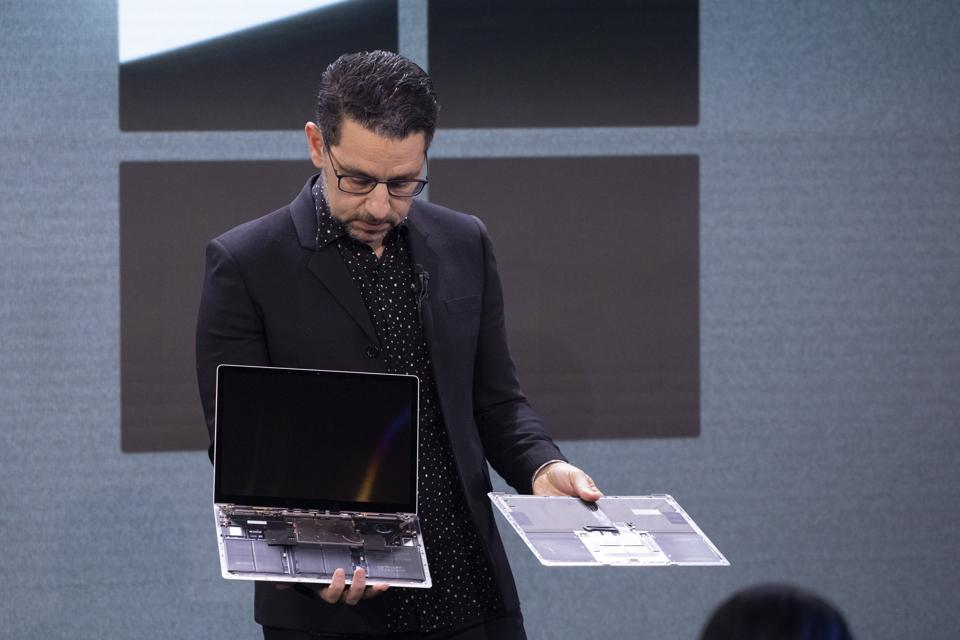 Microsoft Acknowledges Surface Laptop Problem