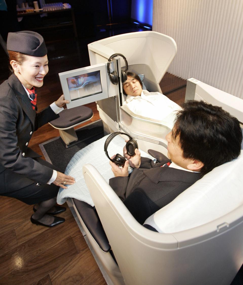 British air carrier British Airways intr
