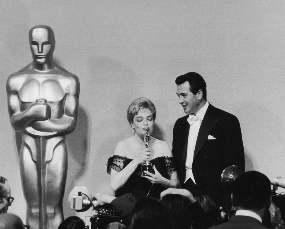 Signoret Wins Oscar