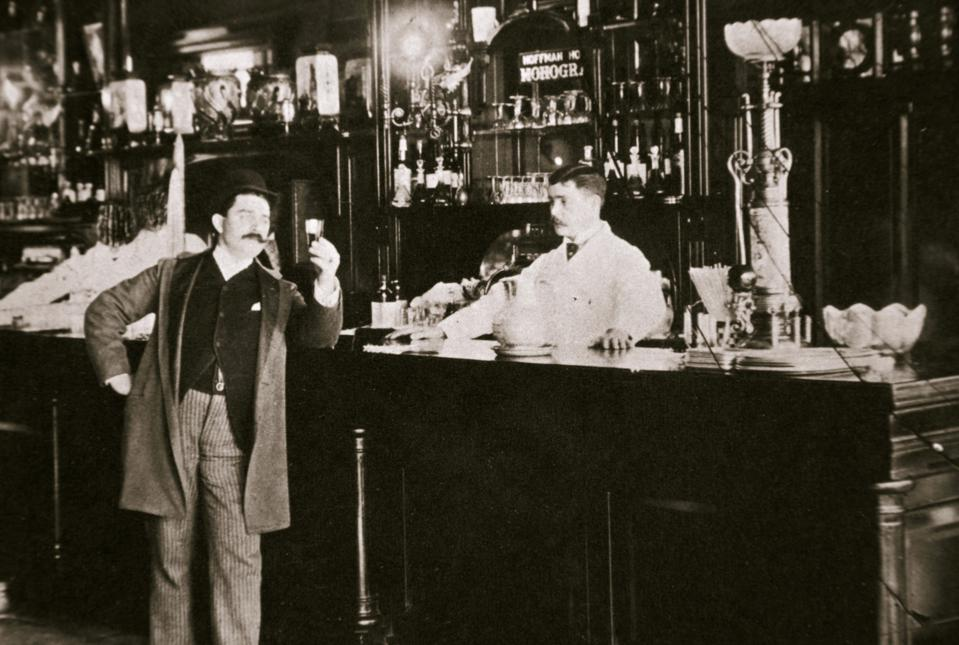 The Hoffman House Bar New York USA 1900s